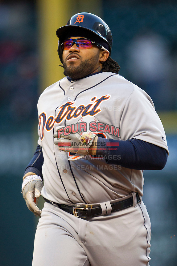 Detroit Tigers first baseman Prince Fielder (28) runs back to first base during the MLB baseball game against the Houston Astros on May 3, 2013 at Minute Maid Park in Houston, Texas. Detroit defeated Houston 4-3. (Andrew Woolley/Four Seam Images).