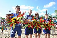 FIERLJEPPEN: WINSUM: 10-08-2013, Fries kampioenschap Fierljeppen, Bart Helmholt, Hans Ulco de Boer, Klaske Nauta, Tom Hoekstra, ©foto Martin de Jong