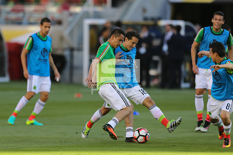 Santa Clara, CA - Saturday June 18, 2016: Mexico warms up, Andres Guardado during a Copa America Centenario quarterfinal match between Mexico (MEX) and Chile (CHI) at Levi's Stadium.