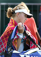 28-6-06,England, London, Wimbledon, first round match,  Its over for Michaella Krajicek, leaving the court diaponted