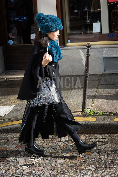 Street Style<br /> <br /> Paris - Inverno 2017<br /> <br /> Mar&ccedil;o 2017<br /> <br /> foto: FOTOSITE