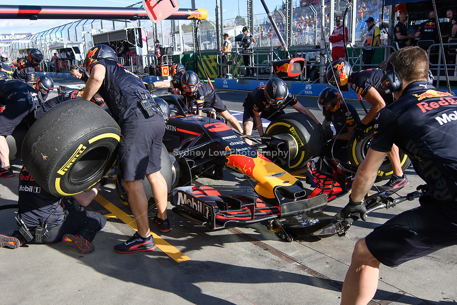 March 23, 2018: Daniel Ricciardo (AUS) #3 from the Aston Martin Red Bull Racing team practises a pit stop during practice session two at the 2018 Australian Formula One Grand Prix at Albert Park, Melbourne, Australia. Photo Sydney Low