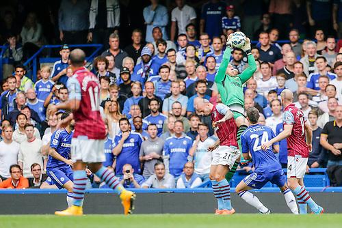 27.09.2014.  London, England. Barclays Premier League. Chelsea versus Aston Villa from Stamford Bridge. Brad Guzan of Aston Villa collects a cross.