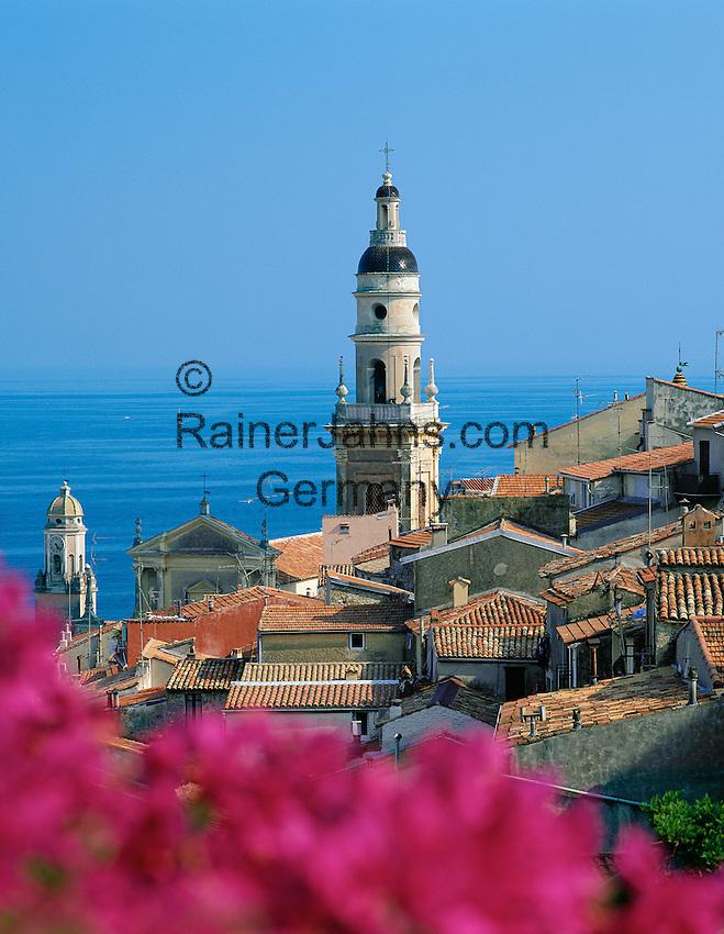 France, Côte d'Azur, Menton: View over Rooftops   Frankreich, Côte d'Azur, Menton: Blick ueber die Daecher der Stadt