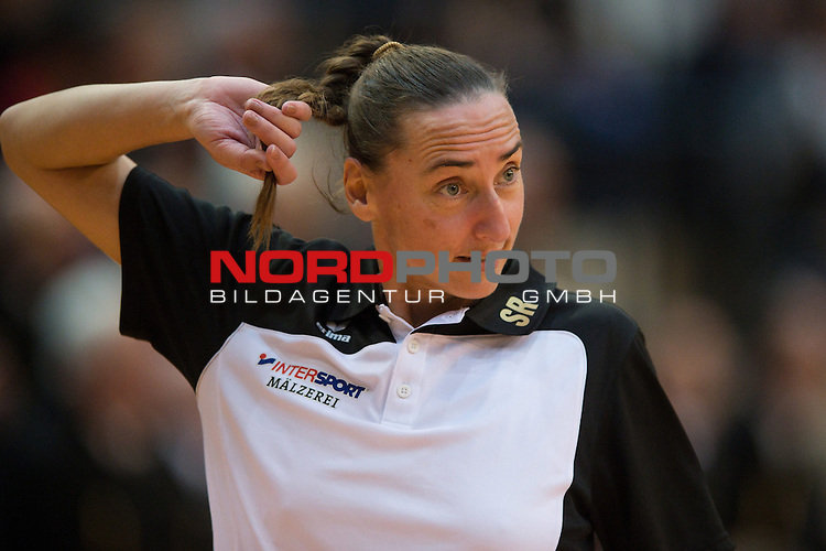 27.10.13, ENNI Sportpark, Moers,  Volleyball, Bundesliga Maenner, Moerser SC vs. VC Dresden<br />  <br /> <br /> Sylvia Roll (Trainer / Coach Dresden)<br /> <br />   Foto &copy; nph / Kurth