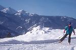 Skate skier, woman, Methow Valley Trail System, Okanogan County, Eastern Washington, Washington State, Pacific Northwest, USA