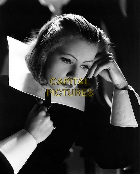 Greta Garbo .in Queen Christina.*Filmstill - Editorial Use Only*.CAP/PLF.Supplied by Capital Pictures.