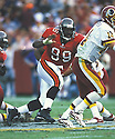 Tampa Bay Buccaneers, Warren Sapp (99) during a game from his career agains the Washington Redskins. Warren Sapp played for 13 years with 2 different teams, was a 6-time Pro-Bowler and was inducted into thePro Football Hall of Fame in 2013.