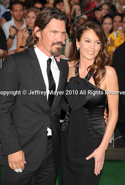 "HOLLYWOOD, CA. - September 30: Josh Brolin and Diane Lane.More at IMDbPro ».Hailee Steinfeld .More at IMDbPro ».Hailee Steinfeld  arrives at the premiere of Walt Disney Pictures' ""Secretariat"" at the El Capitan Theatre on September 30, 2010 in Hollywood, California."