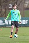 11.04.2018, Trainingsgelaende, Bremen, GER, 1.FBL, Training SV Werder Bremen<br /> <br /> im Bild<br /> Jannes Vollert (Werder Bremen II #26), <br /> <br /> Foto &copy; nordphoto / Ewert
