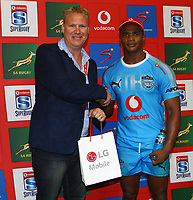 DURBAN, SOUTH AFRICA - APRIL 14: Man of the Match Warrick Gelant of the Vodacom Blue Bulls during the Super Rugby match between Cell C Sharks and Vodacom Bulls at Jonsson Kings Park Stadium on April 14, 2018 in Durban, South Africa. Photo: Steve Haag / stevehaagsports.com