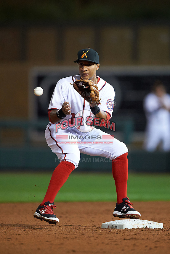 Salt River Rafters second baseman Chris Bostick (1) waits for a throw during an Arizona Fall League game against the Scottsdale Scorpions on October 13, 2015 at Salt River Fields at Talking Stick in Scottsdale, Arizona.  Salt River defeated Scottsdale 5-3.  (Mike Janes/Four Seam Images)