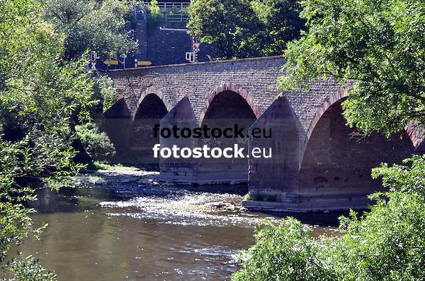 Drususbrücke über die Nahe zwischen Bingen und Bingerbrück, Brückenpfeiler mit Eisbrechern