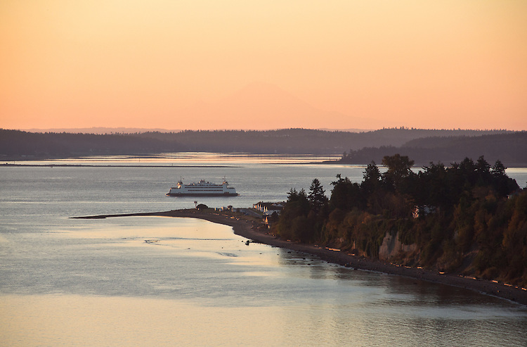 Puget Sound, Port Townsend, Mount Rainier, Port Townsend ferry, Point Hudson Marina, sunrise,  Olympic Peninsula, Washington State, Pacific Northwest, USA,