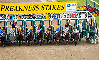BALTIMORE, MD - MAY 20: The field breaks from the gate at the start of the LARC Sir Baron Stakes on Preakness Stakes Day at Pimlico Race Course on May 20, 2017 in Baltimore, Maryland. No Mo Dough #5, ridden by Jose Ortiz, won the race. (Photo by Dan Heary/Eclipse Sportswire/Getty Images)
