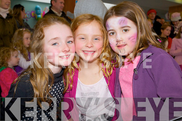 Lauren Smullen, Danielle Shanahan and Kate Fitzsimons pictured at the Teddy Bears Picnic at Tralee Wetlands visitor centre on Easter Sunday.