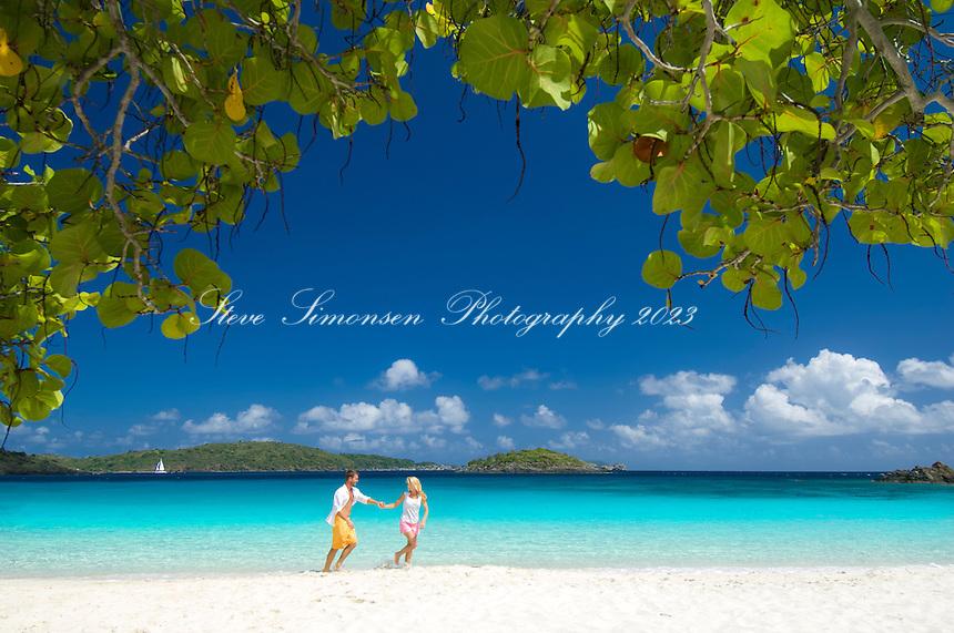 Couple at the beach<br /> Caneel Bay Resort<br /> Virgin Islands National Park<br /> St. John<br /> US Virgin Islands