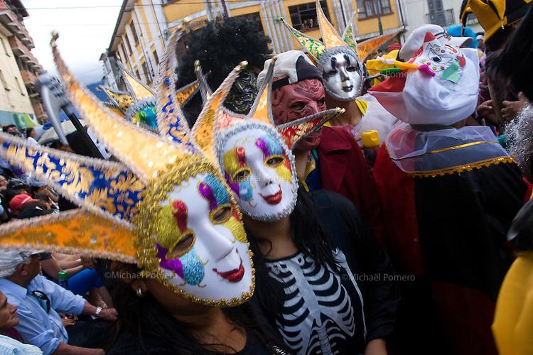 14.02.2010 Coroico(Bolivia)<br /> <br /> Street parade during the carnival.<br /> <br /> Défilé pendant le carnaval.