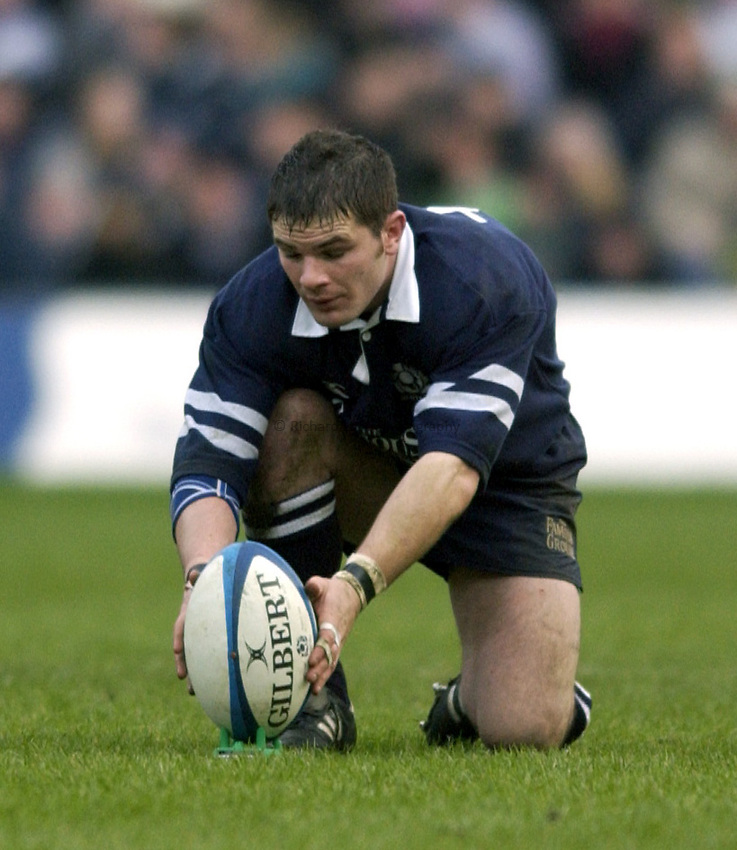 Photo. Jed Wee.Scotland v Ireland, Rugby Union Six Nations Championship, Murrayfield, Edinburgh. 16/02/2003..Scotland's Gordon Ross.