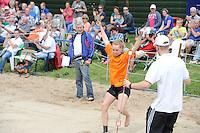 FIERLJEPPEN: BURGUM: 28-06-2014, Fierljeppen Nationale Competie, ©foto Martin de Jong