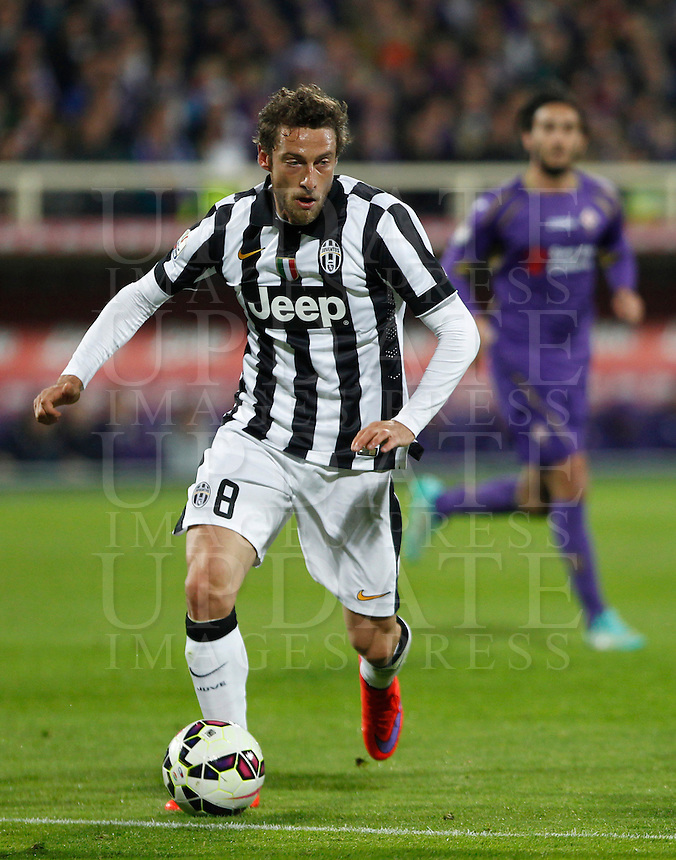 Calcio, Coppa Italia: semifinale di ritorno Fiorentina vs Juventus. Firenze, stadio Artemio Franchi, 7 aprile 2015. <br /> Juventus' Claudio Marchisio in action during the Italian Cup semifinal second leg football match between Fiorentina and Juventus at Florence's Artemio Franchi stadium, 7 April 2015.<br /> UPDATE IMAGES PRESS/Isabella Bonotto