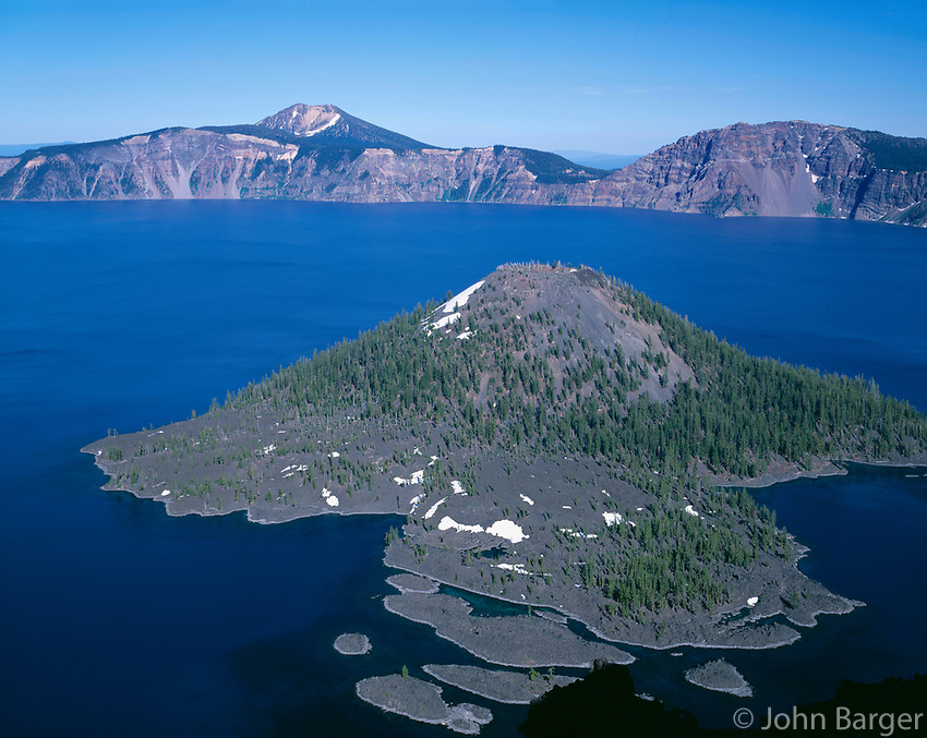 ORCL_022 - USA, Oregon, Crater Lake National Park, View east across Crater Lake from directly above Wizard Island with Mount Scott rising in the distance