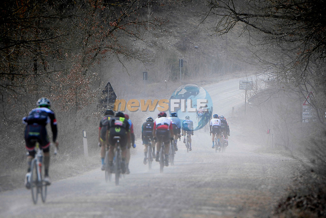 Some of the 5,000 participants of the Gran Fondo Strade Bianche 2019 tackle sector 2 Bagnaia running 133km from Siena to Siena, held over the white gravel roads of Tuscany, Italy. 10th March 2019.<br /> Picture: LaPresse/Fabio Ferrari | Cyclefile<br /> <br /> <br /> All photos usage must carry mandatory copyright credit (© Cyclefile | LaPresse/Fabio Ferrari)