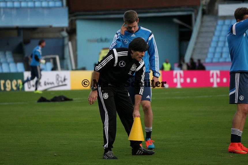 Bundestrainer Joachim Loew - Abschlusstraining Deutschland in Vigo