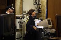 Milano:  il giudice Francesca Vitale arriva in aula per la lettura della sentenza del processo Mills...Milan: Chief judge of the court Francesca Vitale arrives to read the verdict  reading of the verdict for the case where the former Italian Prime Minister Silvio Berlusconi stands accused of bribing British lawyer David Mills waits the reading of the verdict in a case where Silvio Berlusconi was accused of bribing British lawyer David Mills..The court has ruled that the statute of limitations has run out in the corruption case against Silvio Berlusconi