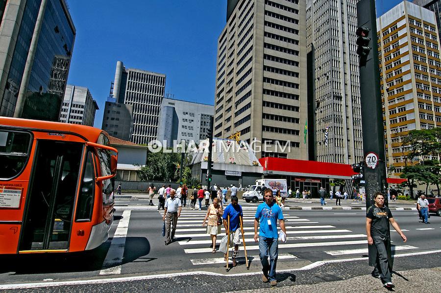 Avenida Paulista. São Paulo. 2008. Foto de Juca Martins.