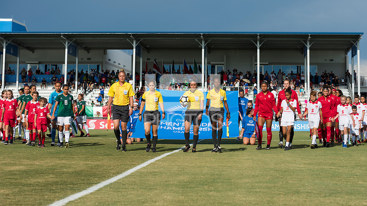 Bradenton, FL - Sunday, June 12, 2018: Referee, Mexico, USA during a U-17 Women's Championship Finals match between USA and Mexico at IMG Academy.  USA defeated Mexico 3-2 to win the championship.