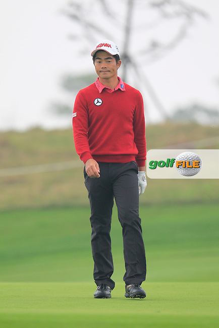 Liang Wen-chong (CHN) on the 5th green during Saturay's Round 3 of the 2014 BMW Masters held at Lake Malaren, Shanghai, China. 1st November 2014.<br /> Picture: Eoin Clarke www.golffile.ie