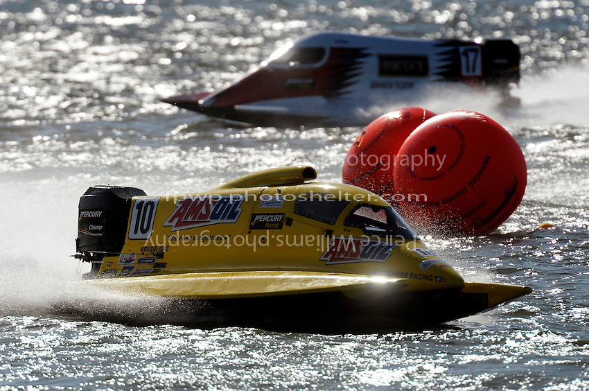 3-4 May 2008, Pickwick,TN USA.Terry Rinker leads Brian Venten..©2008 F.Peirce Williams