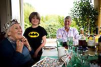 Joy Laville on Christmas day. Christmans with M&D, Johnny, Lucas, Felix and Annuska in San Jose, 2013.