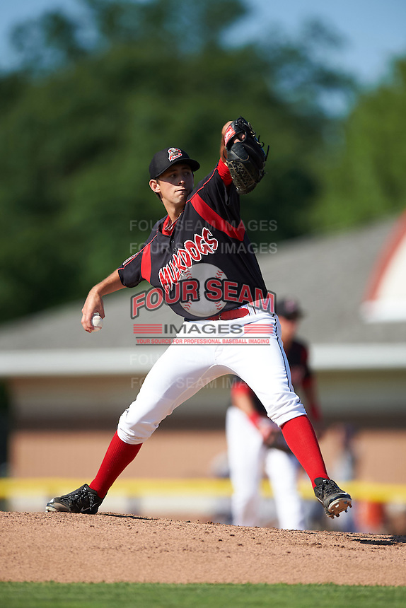 Batavia Muckdogs pitcher Cody Poteet (38) delivers a pitch during the first game of a doubleheader against the Mahoning Valley Scrappers on July 2, 2015 at Dwyer Stadium in Batavia, New York.  Batavia defeated Mahoning Valley 4-1.  (Mike Janes/Four Seam Images)
