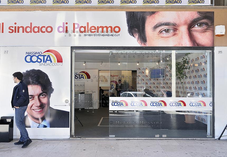 Palermo:2012 elections, headquarters of the electoral committee of the right candidate Massimo Costa..Palermo: elezioni 2012,sede del comitato elettorale del candidato di destra Massimo Costa.