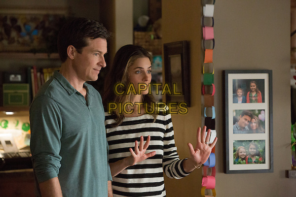 JASON BATEMAN, AMANDA PEET.in Identity Thief (2013) .*Filmstill - Editorial Use Only*.CAP/FB.Supplied by Capital Pictures.