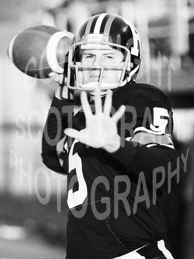 Charlie Weatherbie Ottawa Rough Riders quarterback 1979. Copyright photograph Ted Grant