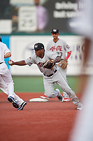 Tri-City ValleyCats second baseman Luis Santana (7) tags a base runner during a NY-Penn League game against the Brooklyn Cyclones on August 17, 2019 at MCU Park in Brooklyn, New York.  Brooklyn defeated Tri-City 2-1.  (Mike Janes/Four Seam Images)