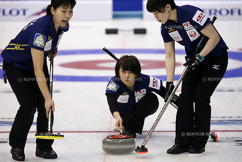 Sayaka Yoshimura (JPN),<br /> MARCH 19, 2015 - Curling : World Women's Curling Championship 2015 Round Robin match between Japan and Canada at Tsukisamu Gymnasium in Sapporo, Hokkaido, Japan. (Photo by Jun Tsukida/AFLO SPORT)