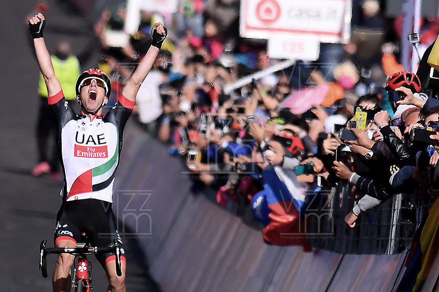 ITALIA. 09-05-2017. Jan Polanc -SLO- (UAE Team Emirates) celebra como ganador de la etapa 4 entre Cefalu' a Etna con 181 kms de la versi&oacute;n 100 del Giro de Italia hoy 09 de mayo de 2017. / Jan Polanc -SLO- (UAE Team Emirates) celebrates as stage 4 winner between Cefalu' to Etna with 181 kms of the 100 version of the Giro d'Italia today 09 May 2017 Photo: VizzorImage/  Gian Mattia D'Alberto / LaPresse<br /> VizzorImage PROVIDES THE ACCESS TO THIS PHOTOGRAPH ONLY AS A PRESS AND EDITORIAL SERVICE AND NOT IS THE OWNER OF COPYRIGHT; ANOTHER USE HAVE ADDITIONAL PERMITS AND IS  REPONSABILITY OF THE END USER