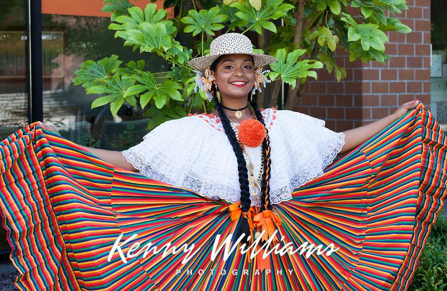 Panama Folklore, Auburn Days Parade 2016, Auburn, WA, USA.