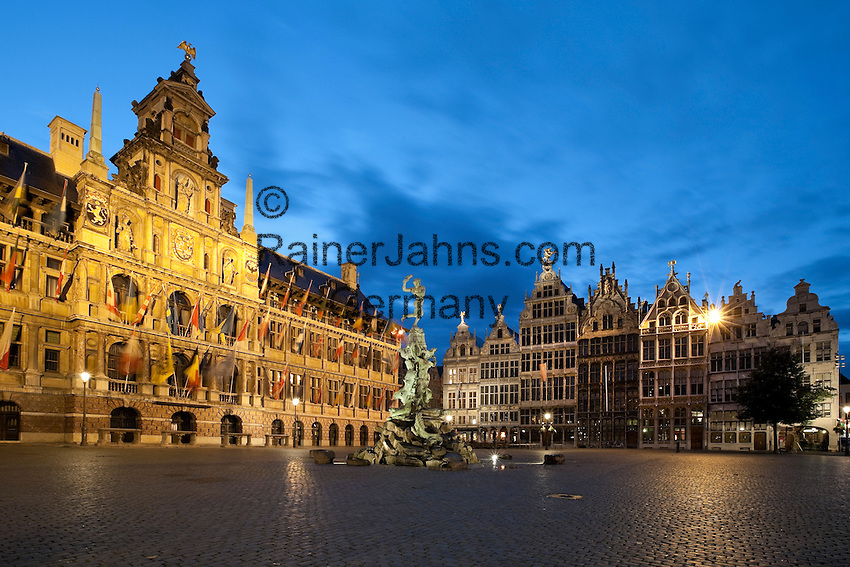 Belgium, Antwerp: Nightshot of the Grote Markt with the Town Hall, Guild Halls and Brabo Fountain