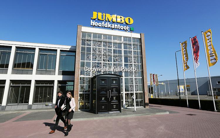 Foto: VidiPhoto..VEGHEL - Hoofdkantoor en distributiecentrum van supermarktketen Jumbo in het Brabantse Veghel..