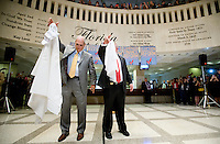 TALLAHASSEE, FLA. 5/3/13-SESSIONEND050313CH-Sergeants at Arms Earnest Sumner of the House, left, and Donald Severance, Senate drop their handkerchiefs to signal the close of the 2013 legislative session May 3, 2013 at the Capitol in Tallahassee...COLIN HACKLEY PHOTO