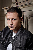 LINKIN PARK - Chester Bennington (March 20, 1976 – July 20, 2017)- photosession in London UK - August 3, 2009. Photo: Ashley Maile/IconicPix