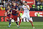 FC Barcelona's Mathieu (L) and Sevilla CF's Iborra (R) during Spanish Kings Cup Final match. May 22,2016. (ALTERPHOTOS/Rodrigo Jimenez)