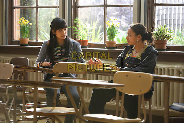 JACLYN NGAN & APRIL LEE HERNANDEZ.in Freedom Writers .**Editorial Use Only**.CAP/FB.Supplied by Capital Pictures
