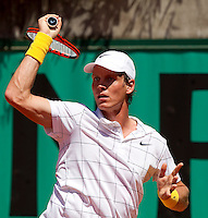 Tomas Berdych (CZE) (15) against Jorge Aguilar (CHI) in the first round of the men's singles. Tomas Berdych beat Jorge Aguilar 7-6 6-3 6-1..Tennis - French Open - Day 2 - Mon 24 May 2010 - Roland Garros - Paris - France..© FREY - AMN Images, 1st Floor, Barry House, 20-22 Worple Road, London. SW19 4DH - Tel: +44 (0) 208 947 0117 - contact@advantagemedianet.com - www.photoshelter.com/c/amnimages
