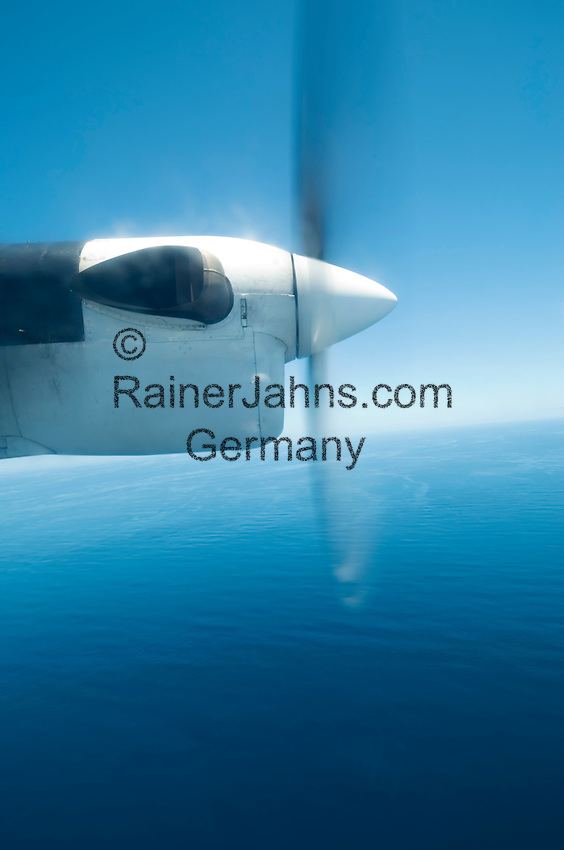 Seychelles: propeller of a twin-engined aircraft of Air Seychelles